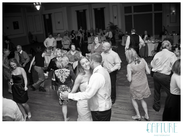Brad&Melissa_ColonialHeritage_WilliamsburgWeddingPhotography035_sm